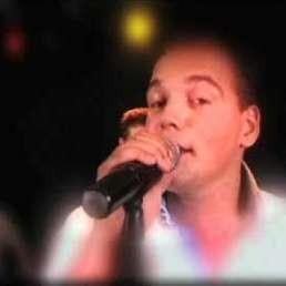 Singer Levi