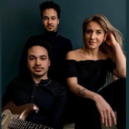 Band Amsterdam  (NL) Earfood - Music for wedding or event