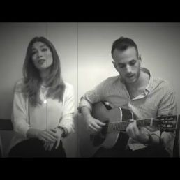 Acoustic duo Late Night Serenade