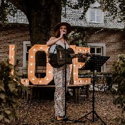 Singer (female) Den Bosch  (NL) Emotional music at your wedding(ceremony)