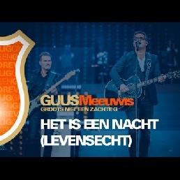 Guus Meeuwis met liveband