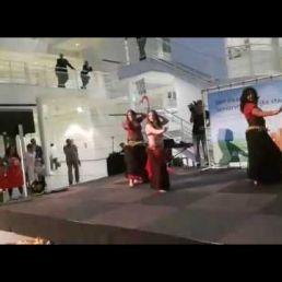 Kaouther: Buikdans Act met Live Muziek