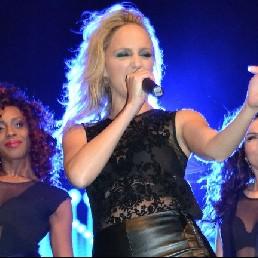 Singer (female) Reeuwijk  (NL) Marieke van Asch