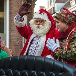 Character/Mascott Schinveld  (NL) Rent a real Santa and elf? (NL/EN/DE)