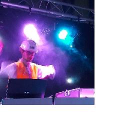 Drive-in show Woudrichem  (NL) Feest DJ's Aart en Daan