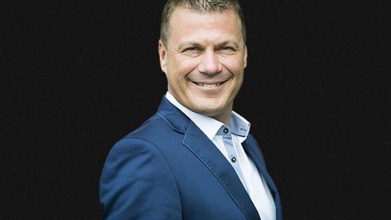 Presenter Rob van Rossum