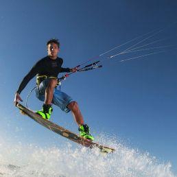 Kitesurf show en/of clinic