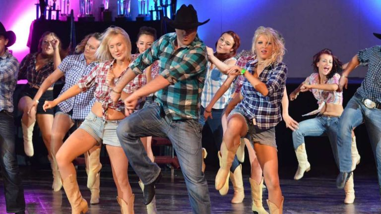 Dance group Amsterdam  (NL) Line Dance Dance Show