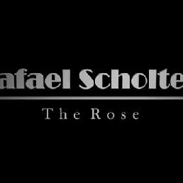 Spectacular stage Act-Rafael Scholten