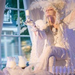 Animatie Amsterdam  (NL) White Angel Champagne