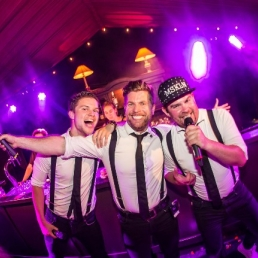 Singing group Dieren  (NL) The Singing Bartenders