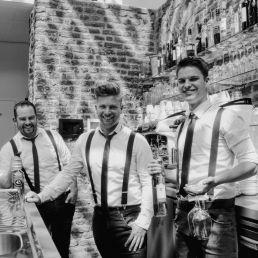 De Zingende Barmannen