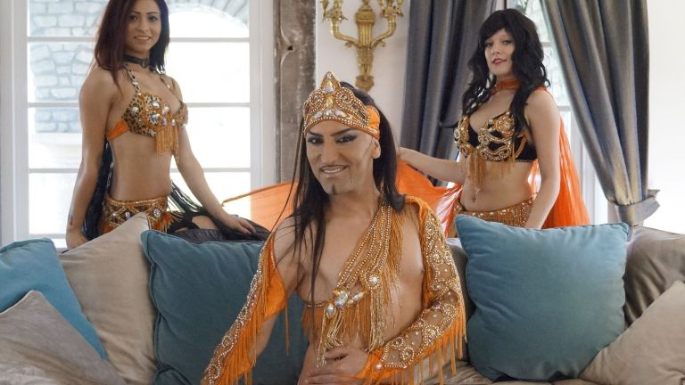 Mannelijke buikdanser Prens Alex (Turkije)