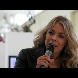 Martine Hauwert presentatrice