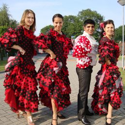 Spanish dance group Alegria
