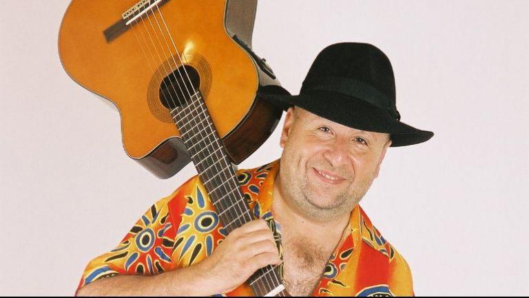Caribische zanger Carlos Rivas