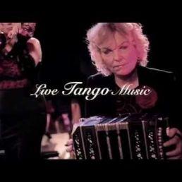 Cuarteta Tangata & Carlos en Mirella