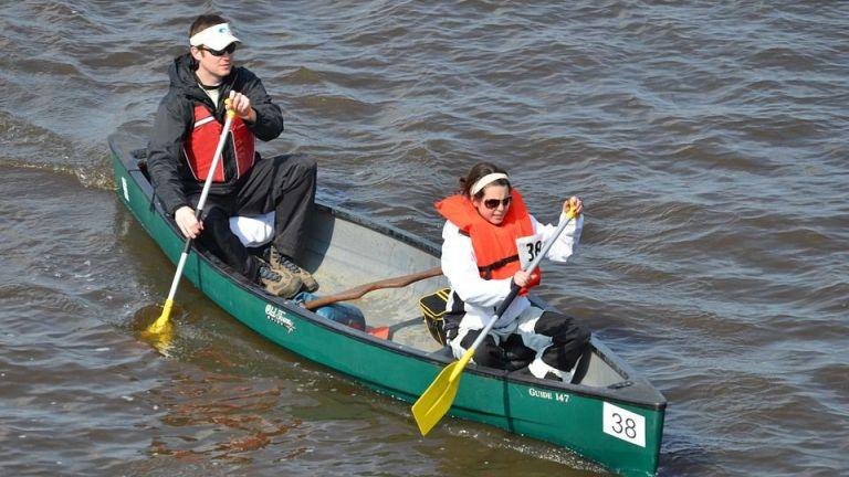 Canoe and steparrangement