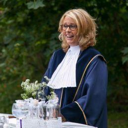 Trouwambtenaar Nieuw Vennep  (NL) Trouwambtenaar Carla den Hartog