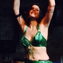 Danser Nijmegen  (NL) Hula Hupaya: Buikdanseres