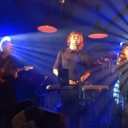 Fleetwood Back - Fleetwood Mac Tribute