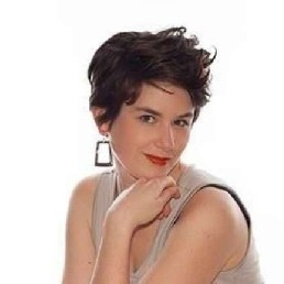 Singer (female) Alkmaar  (NL) Eva Luna: and Français (tape-act)