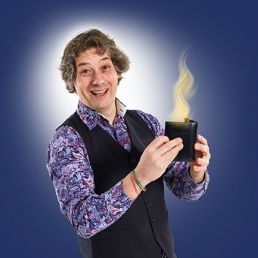 Kids Magic Show: Davinti