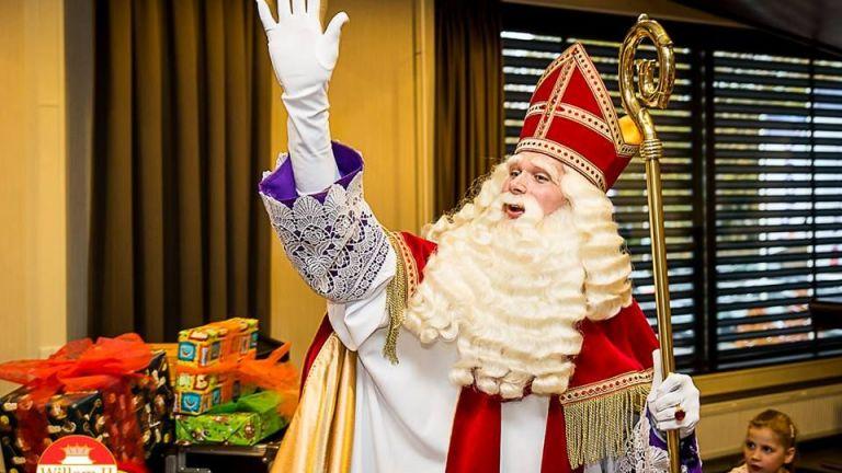 Professionele Sinterklaas met pieten