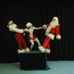 Acrobaat Amsterdam  (NL) Kerst acrobatiek