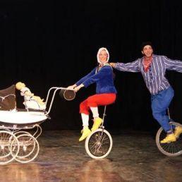 Circus Klomp: Familie op Wielen