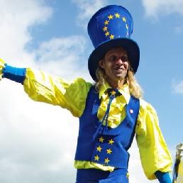 Animatie Winterswijk  (NL) Mr. Europe op Stelten!