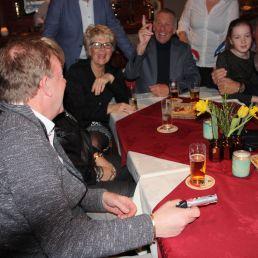 Goochelaar David Nathan - Table Magic