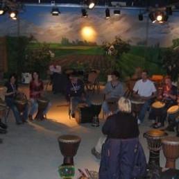 Trainer/Workshop Delft  (NL) Workshop Trommelen Afrikaanse percussie