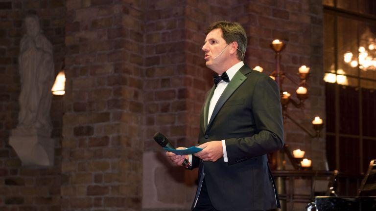 Presenter Robert-Jan Knook