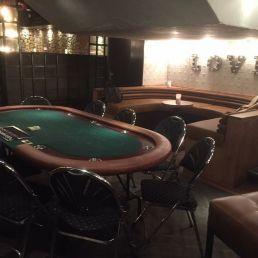 Pokertafel huren (inclusief croupier)
