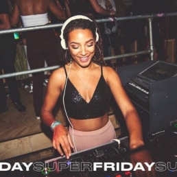 Female DJ Tyra Talisa