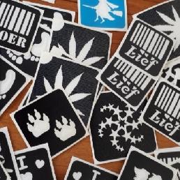 Schminker Den Helder  (NL) Glittertattoo's zetten voor iedereen.