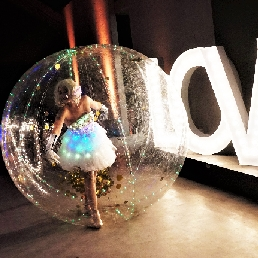 Event show Oosterhout  (Noord Brabant)(NL) LED Bubble Coronaproof entertainment
