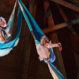 Acrobaat Amsterdam  (NL) acrobatische acts kerst & wintersfeer