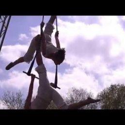 Trapeze-Duet