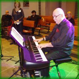 Key Music on Piano en Accordion