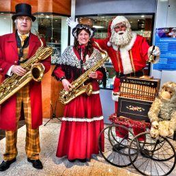 Muzikant overig Hazerswoude Rijndijk  (NL) Muzikale Kerstman met Draaiorgel