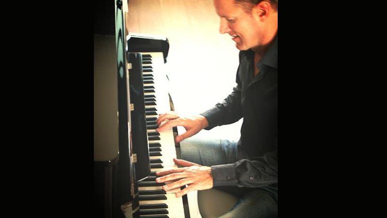 Pieter Hoogland Piano & Zang
