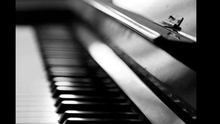 Pieter Hoogland Piano Solo