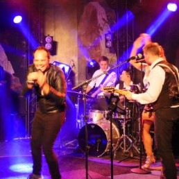 Band Nuenen  (NL) The Party Crashers