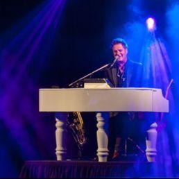 Pianist Vlijmen  (NL) Piano Paul