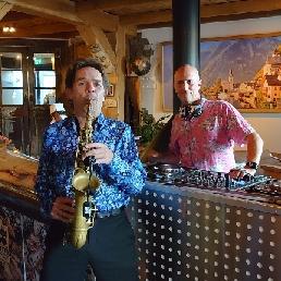 Saxofonist Overloon  (NL) sax en dj   Jan&Dre's  DJ en Sax