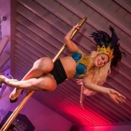 SOLO POLE DANCE ACT!