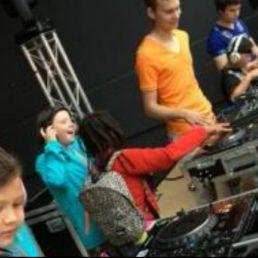 DJ School on Tour