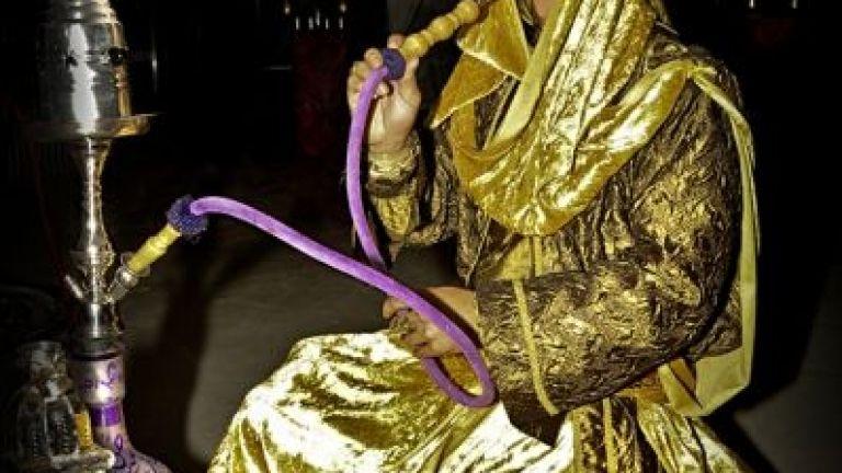 Aladdin en zijn Oosterse waterpijpterras